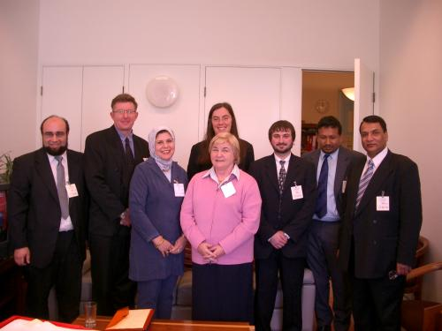 Muslim Community Representatives meet with Senator Kerry Nettle